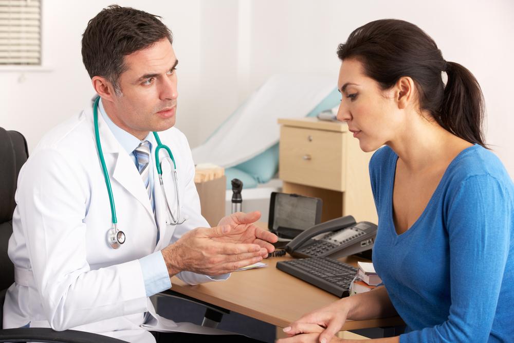 Обращение к специалисту для диагностики и лечения пупочной грыжи
