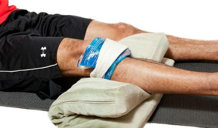 Первая помощь при получении травмы колена